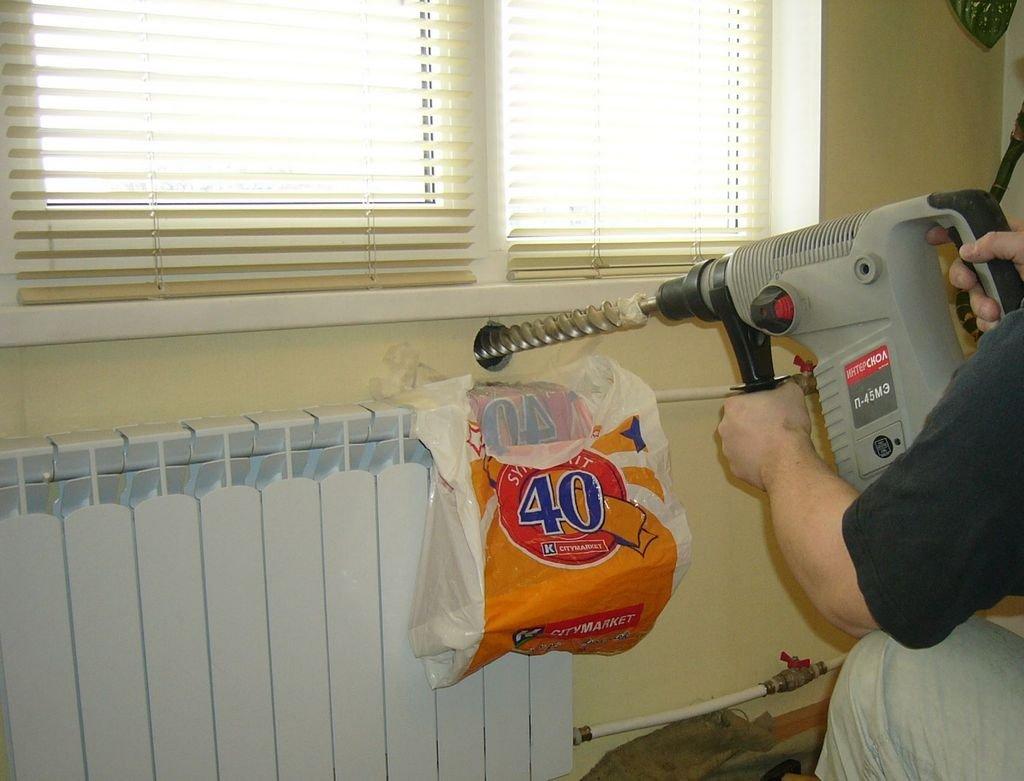 подготовка отверстия для приточного клапана