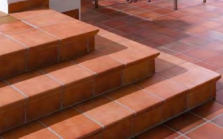 Достоинства клинкерных ступеней и их особенности