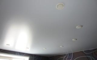 Бесшовный натяжной потолок — стильно и современно!