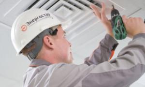Проводим регламентные работы по обслуживанию вентиляции