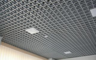Решетчатый потолок – практичное решение для торговых центров