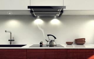 Как выбрать вытяжку на кухню: советы профессионаловКакая вытяжка для кухни лучше – обзор различных типов и популярных моделей