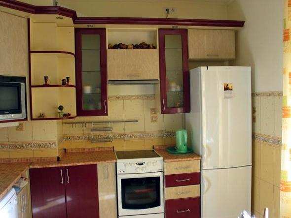кухня с козырьком